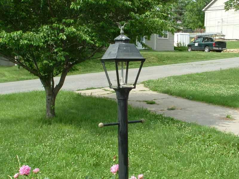 چراغ محوطه ای و کاربرد چراغ های محوطه ای